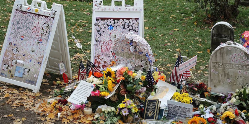 Grave of Susan b Anthony