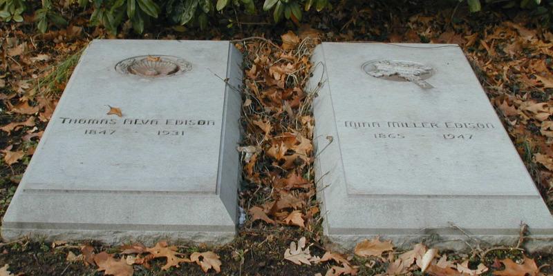 Grave of Thomas Edison
