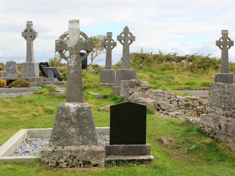 burial spot in a graveyard