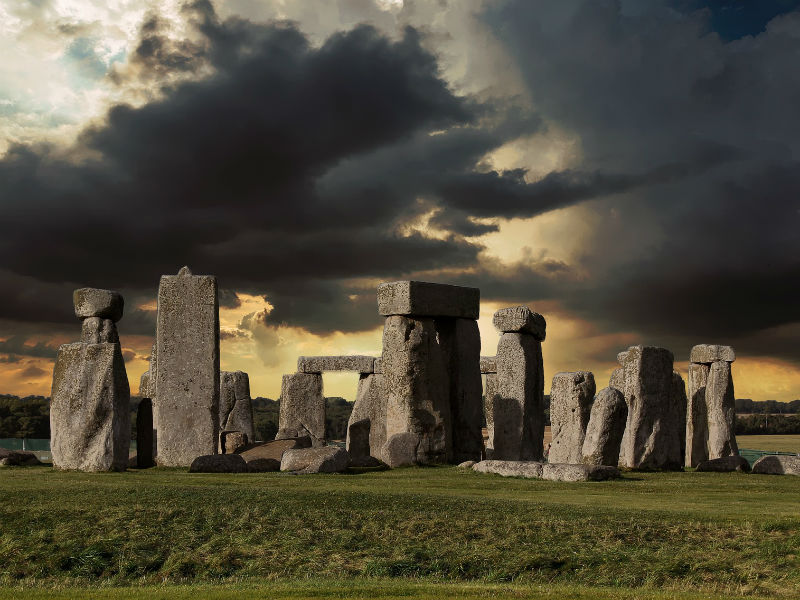 stonehenge on an overcast day