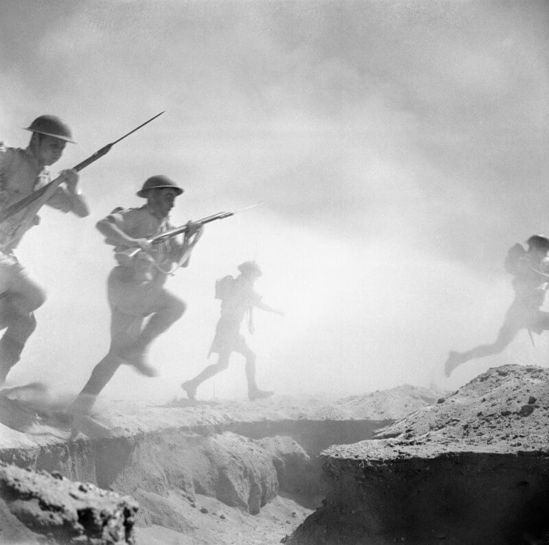 Photo of soldiers charging into battle at El Alamein