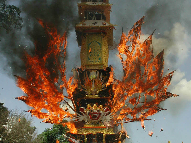 A decorative Waddhu on fire