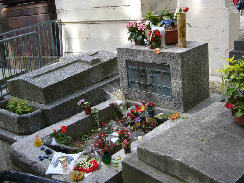 Jim Morrison's grave covered in flowers
