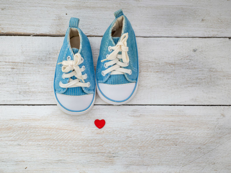 Bereaved dads Father's Day baby shoes