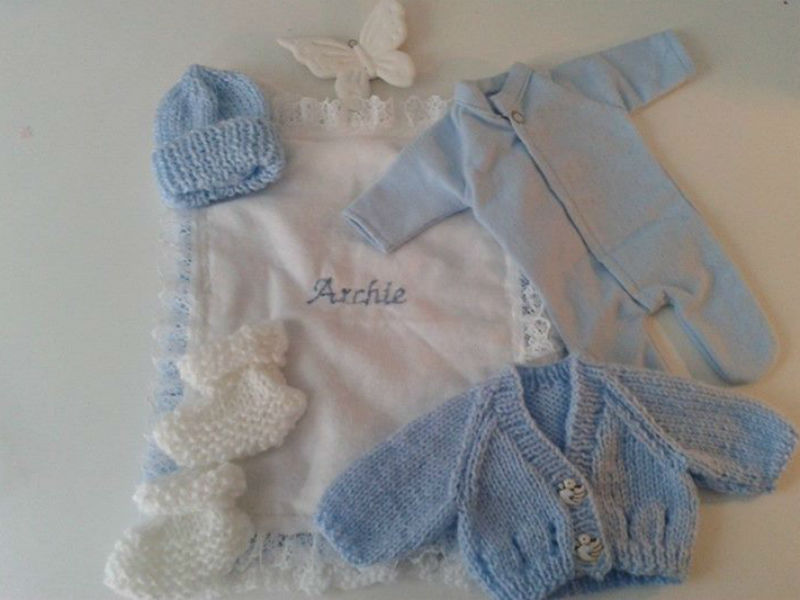 These Charities Make Beautiful Clothes For Stillborn Babies