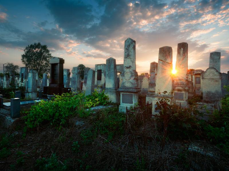 Chernivtsi Cemetery, Ukraine