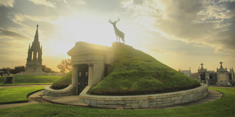 Elks burial mound in Greenwood Cemetery