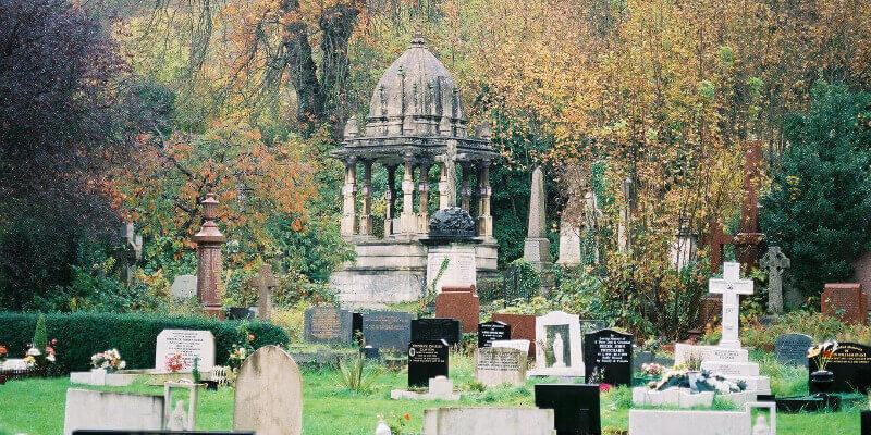 Gravestones at Arnos Vale in Bristol