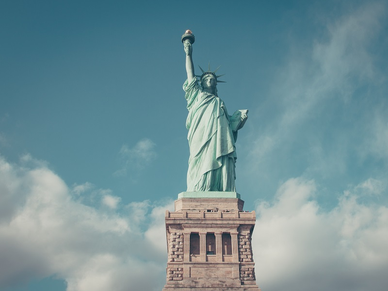 statue of liberty scattering ashes
